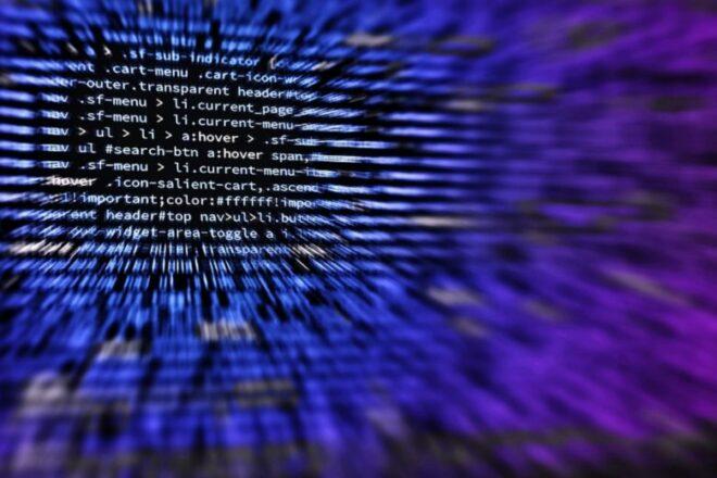 Hacker 660x440 - Die größte IT-Schwachstelle in Unternehmen: Die Mitarbeiter